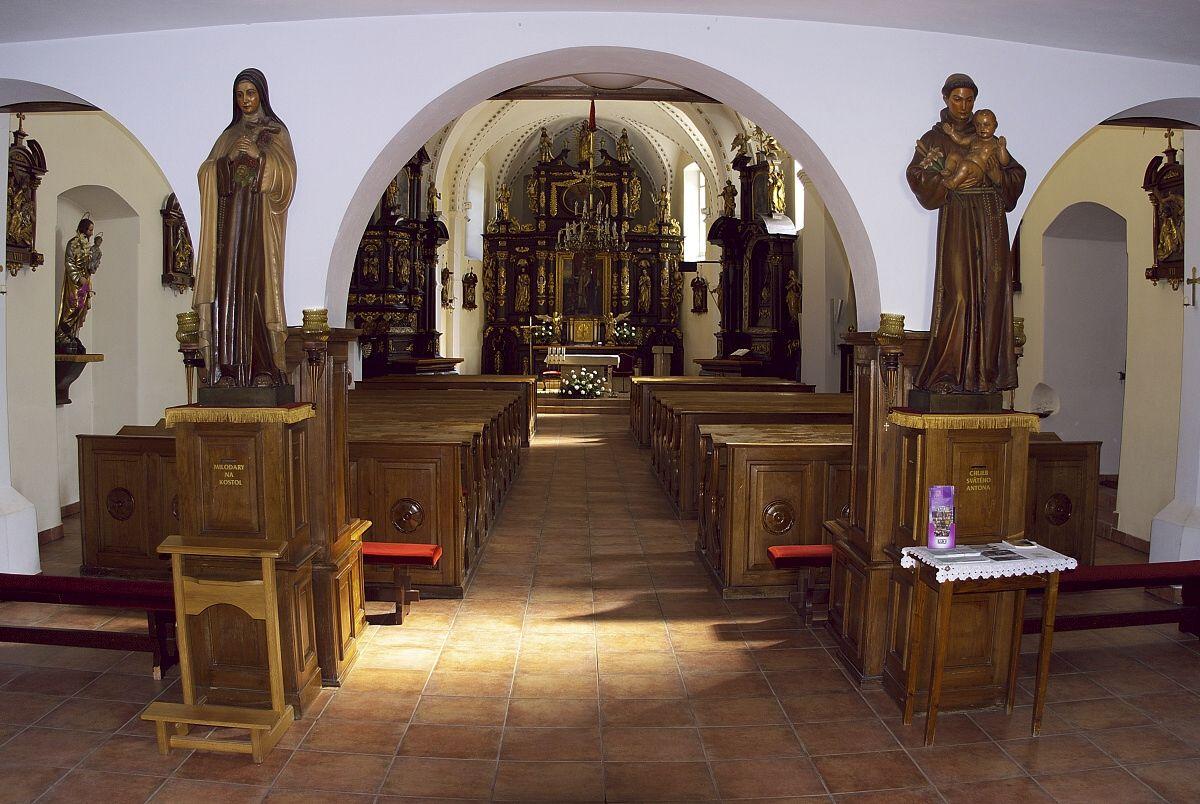 Interiérová fotografia - kostol v Bojniciach