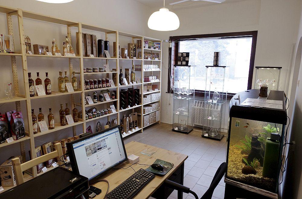 Interiérová fotografia priestorov predajne