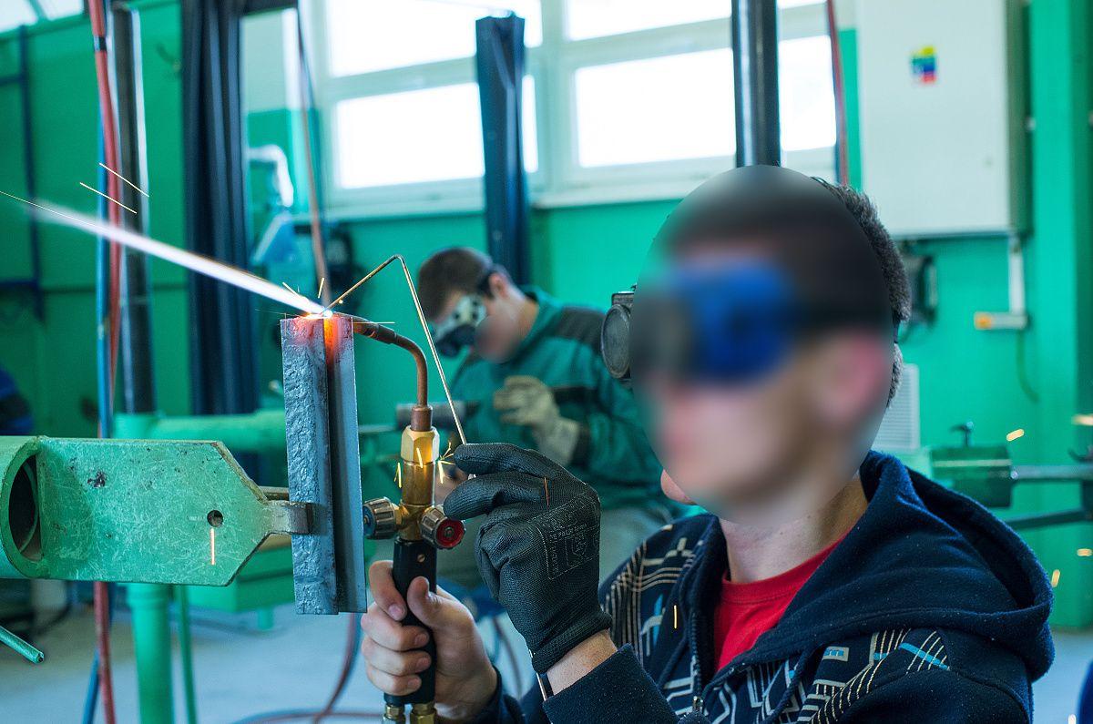 Fotografia zo zváračskej školy
