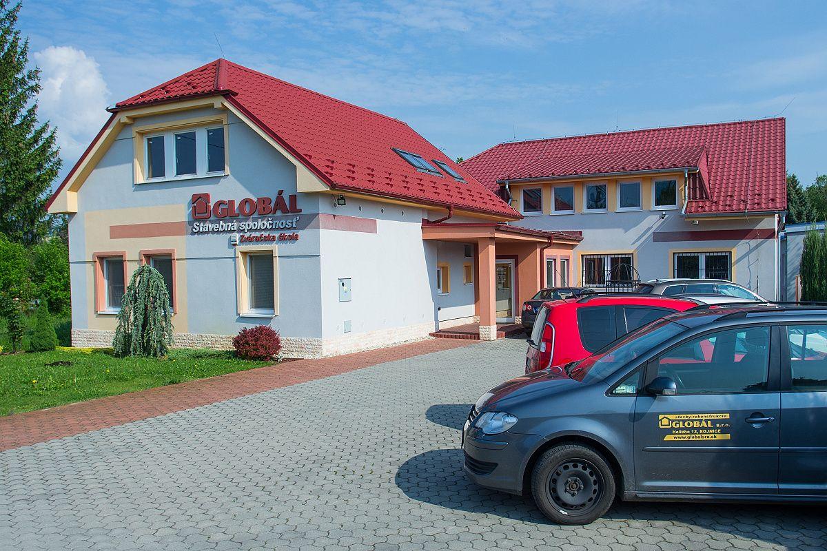Exteriérová fotografia sídla firmy