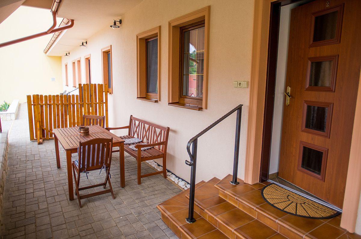 Exteriérová fotografia - turistické apartmány (penzión)